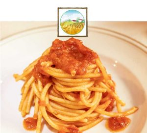 Spaghettoni pomodoro e basilico